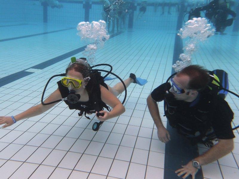 Sicherheitstraining unter Wasser